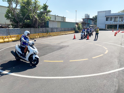CPU has entrusted Hsin-chu Safety Educational Center to conduct safety driving training in 2020